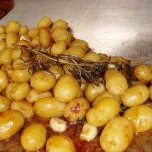 Roasted Baby New Potatoes with Garlic & Rosemary