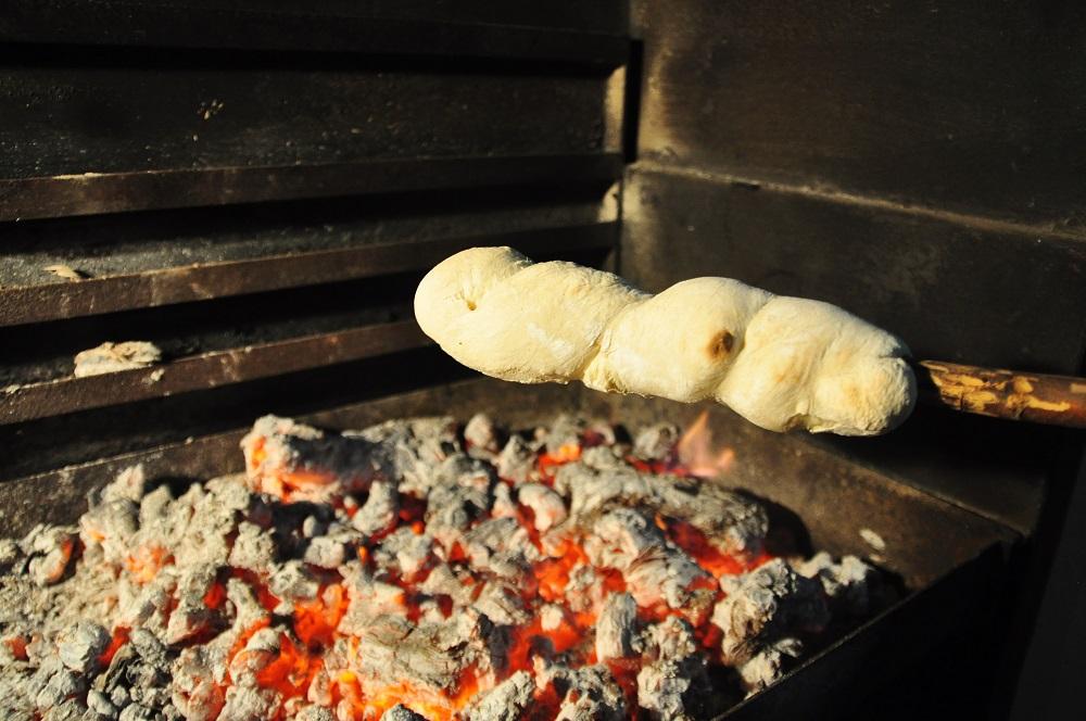 Stokbrood | BBQ Bread-on-a-Stick Recipe   - Image 2