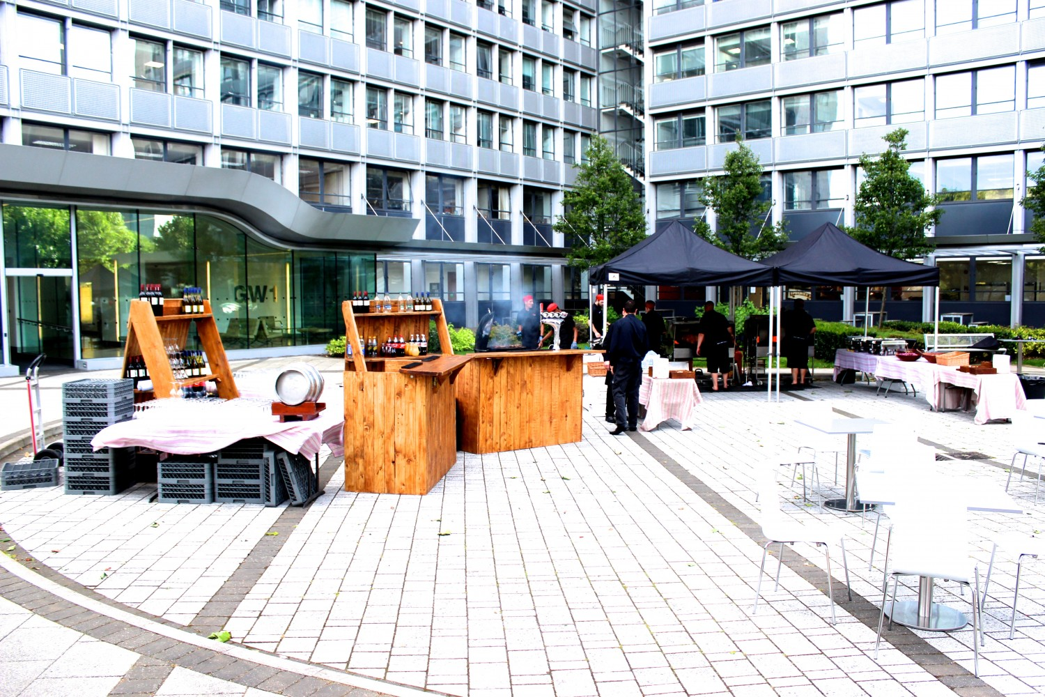 Tips on organising the perfect corporate summer BBQ